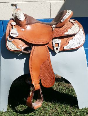 Show Saddle 16 Inch Southern Cross